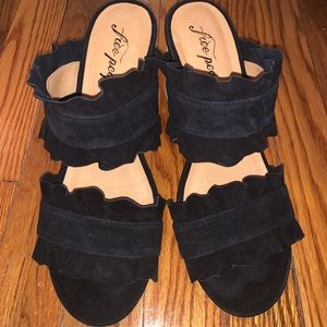 Black free people sandals